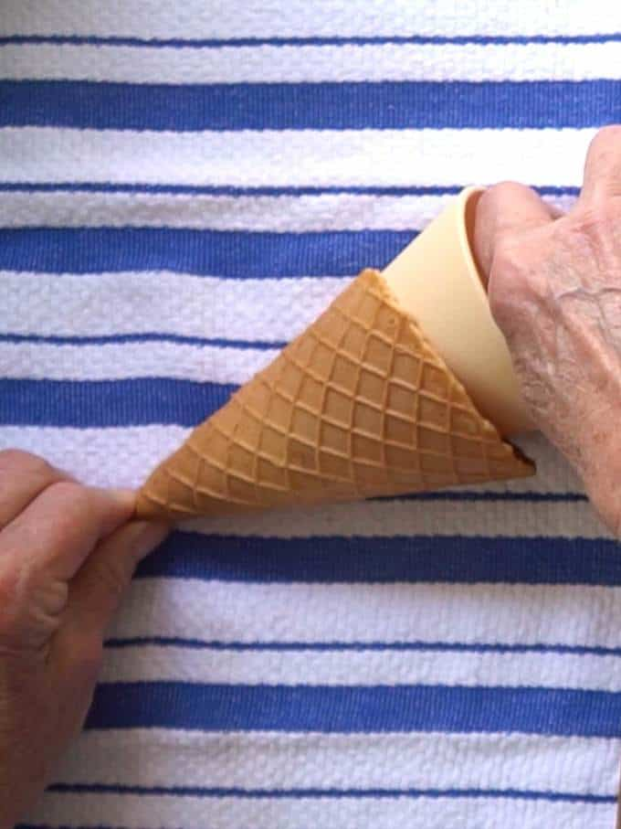 Forming the Waffle Cone