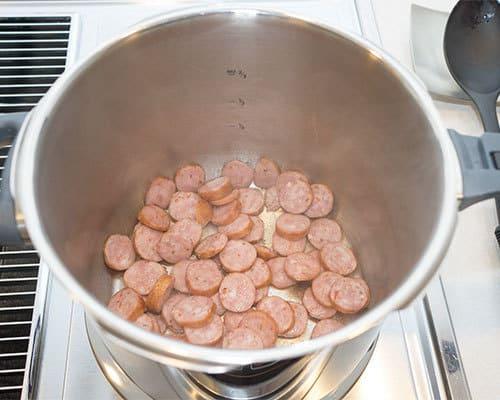 Cooking_Sausage