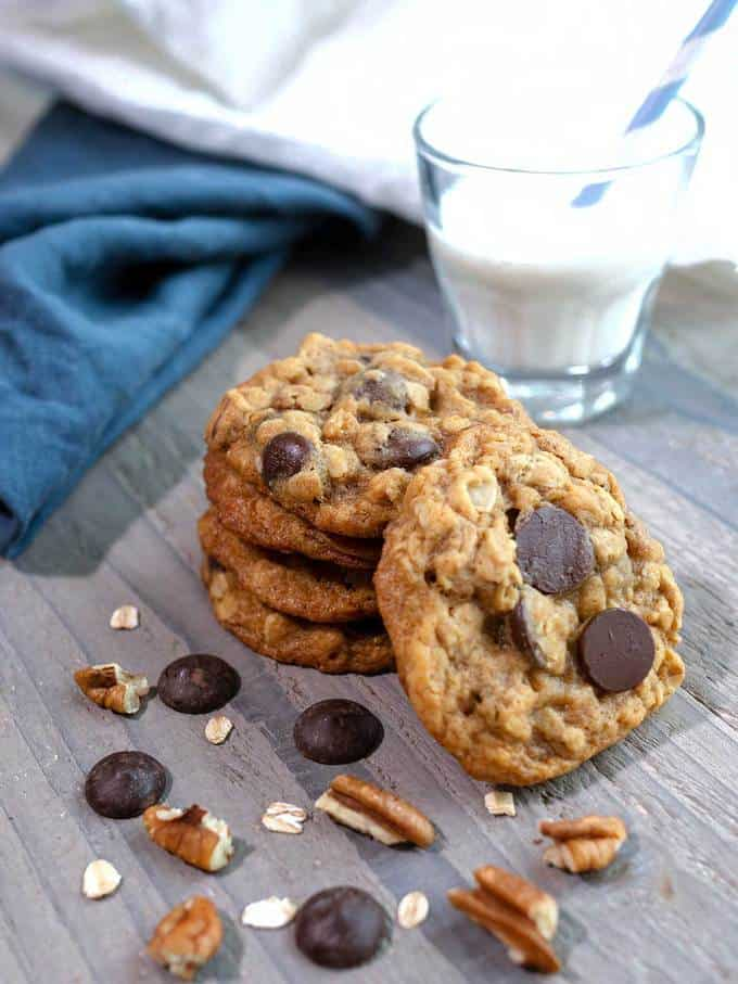 Oatmeal Chocolate Pecan Cookies