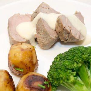 Rôti de Porc Poêlé avec Sauce Moutarde à la Normande (Casserole-roasted Pork with Mustard Cream Sauce)