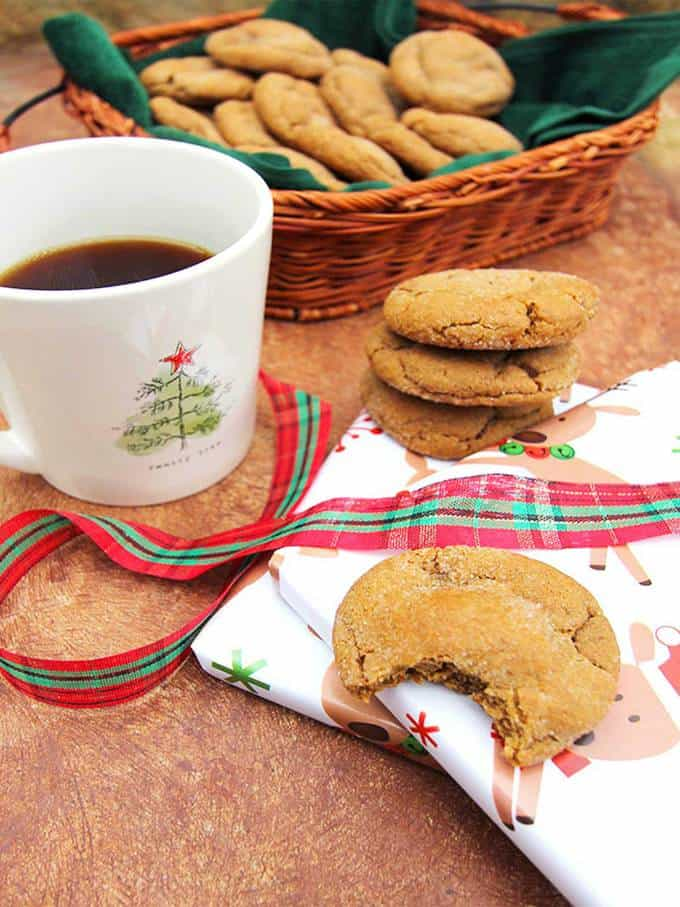 Soft-and-Chewy-Gingersnap-Cookies-SueBee-Homemaker