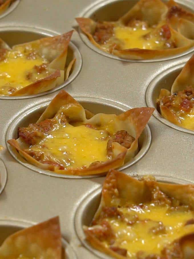 Tatsy Taco Cups from PudgeFactor.ocm