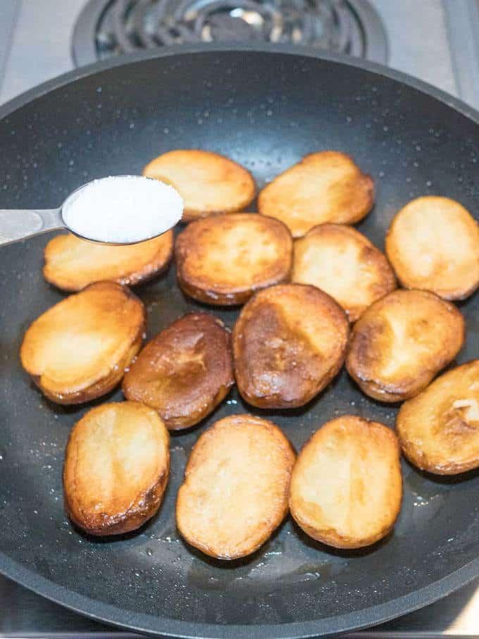 Seasoning the Potatoes