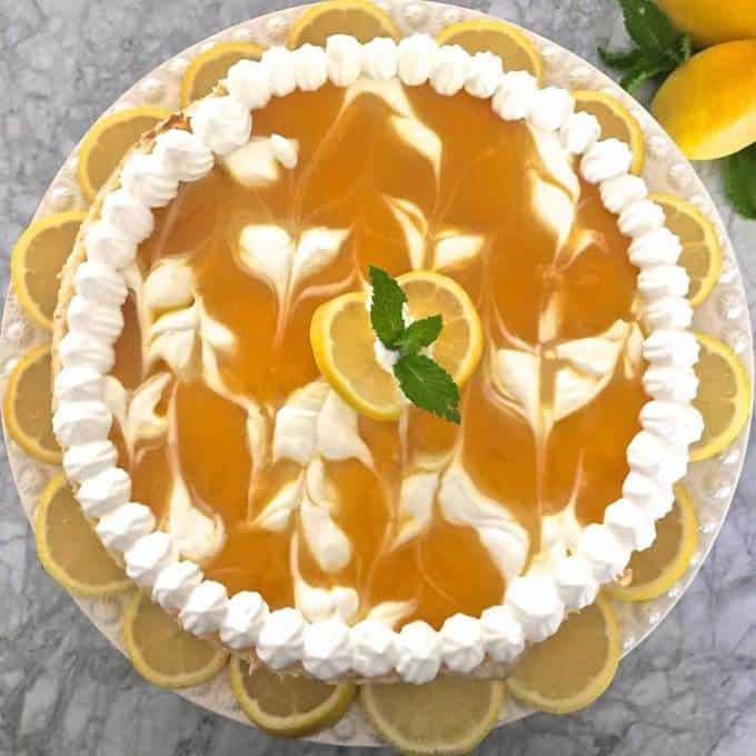 Lucious Lemon Swirl Cheesecake