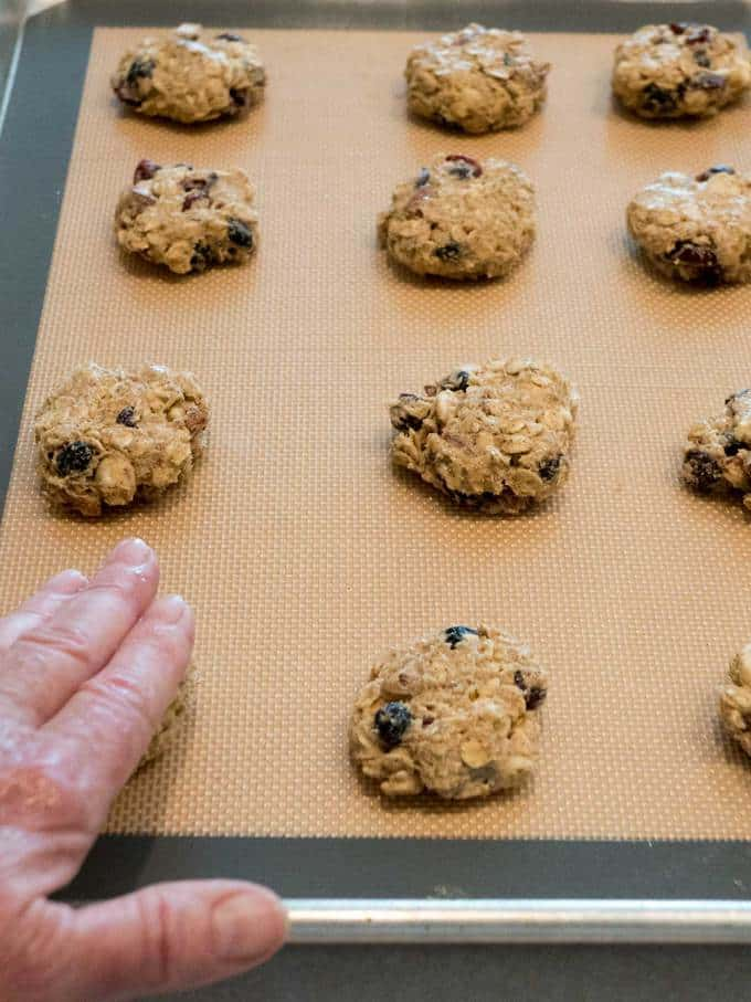 Flattening cookies before baking