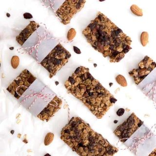 Chewy no-bake granola bars