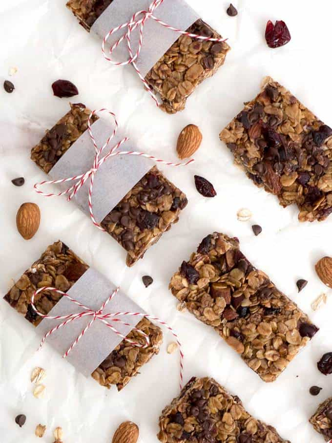 Chewy no-bake granola bars are the perfect snack