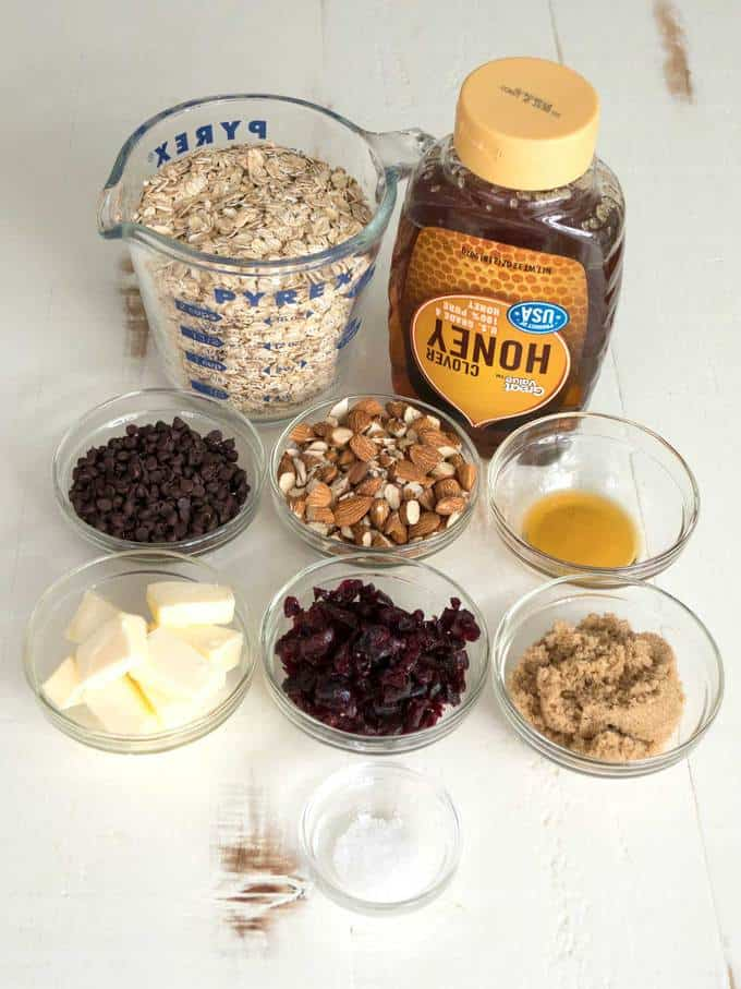 Ingredients for chewy no-bake granola bars