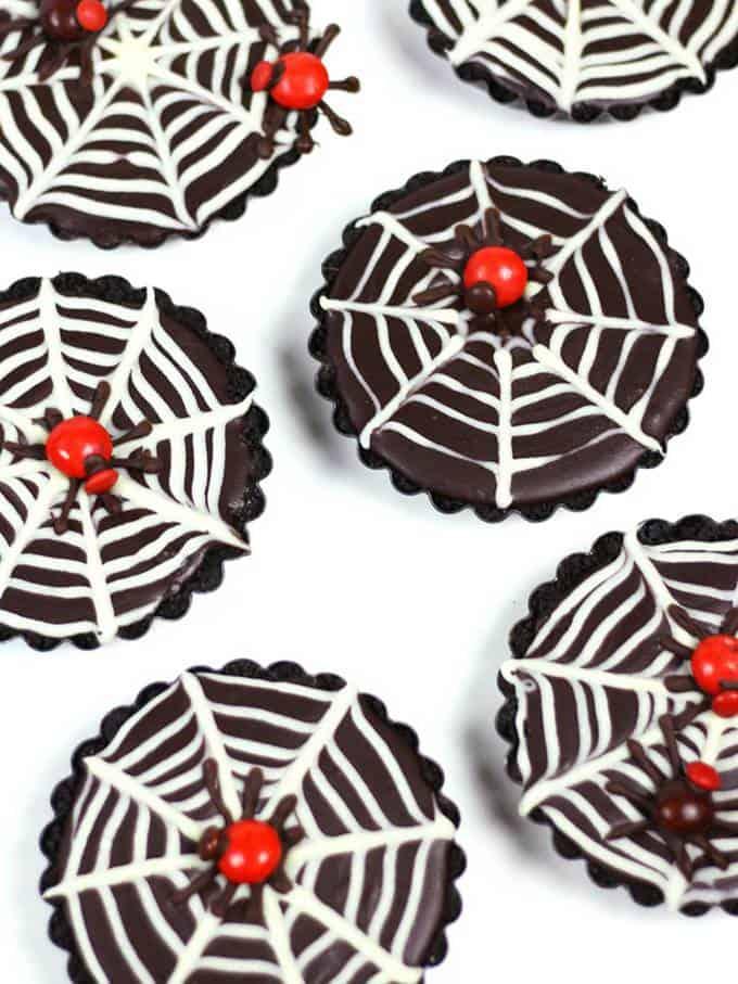 No-Bake Mini Chocolate Ganache Spiderweb Tarts