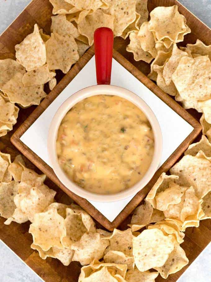 Easy Spicy Sausage Queso Dip