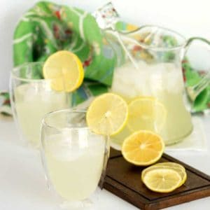 Easy Old Fashioned Lemonade