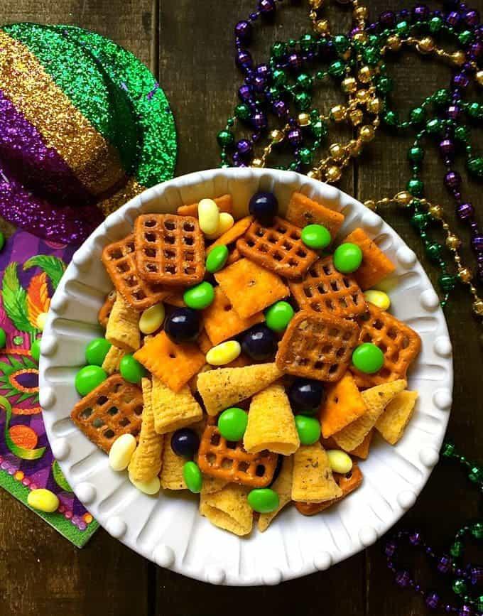 Easy Mardi Gras Snack Mix