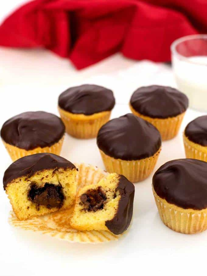 Chocolate Glazed Nutella Mini Cupcakes