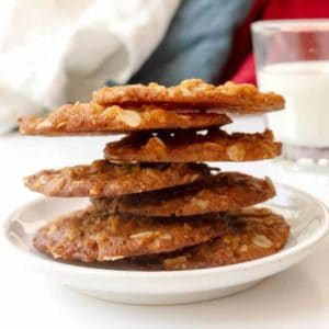 Easy Anzac Biscuits (a.k.a. Anzac Cookies)
