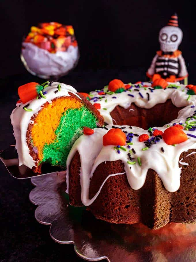 First Slide of Halloween Surprise Cake