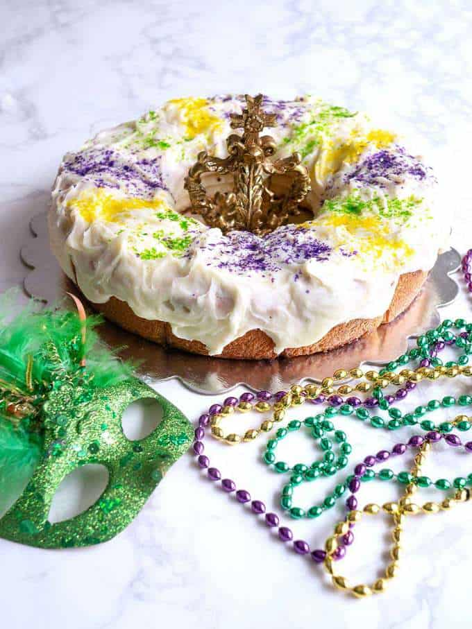 Mardi Gras Cinnamon Roll King Cake