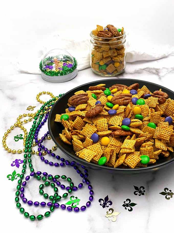 Mardi Gras Praline Crunch
