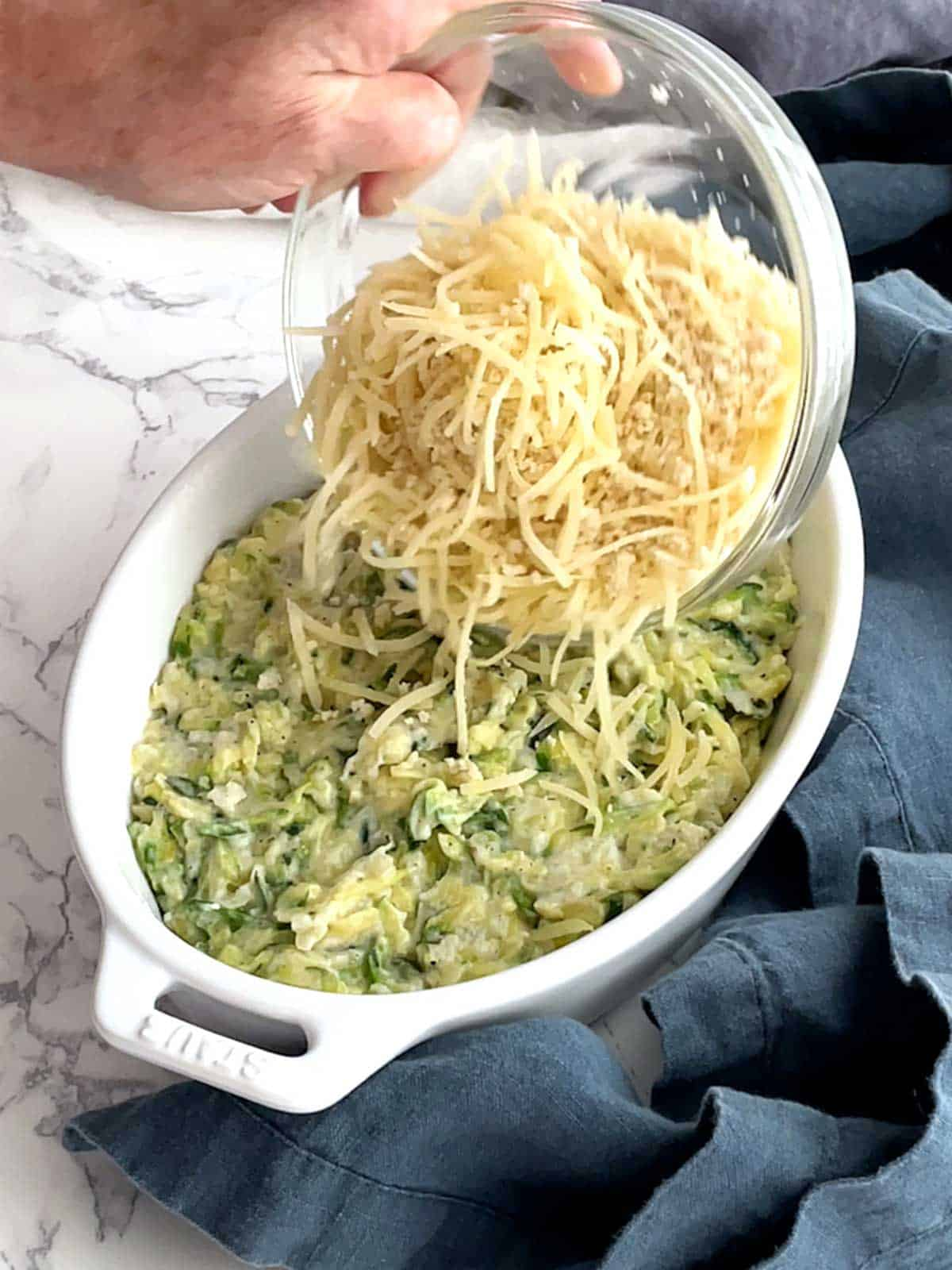 Topping zucchini gratin with cheese/panko mixture