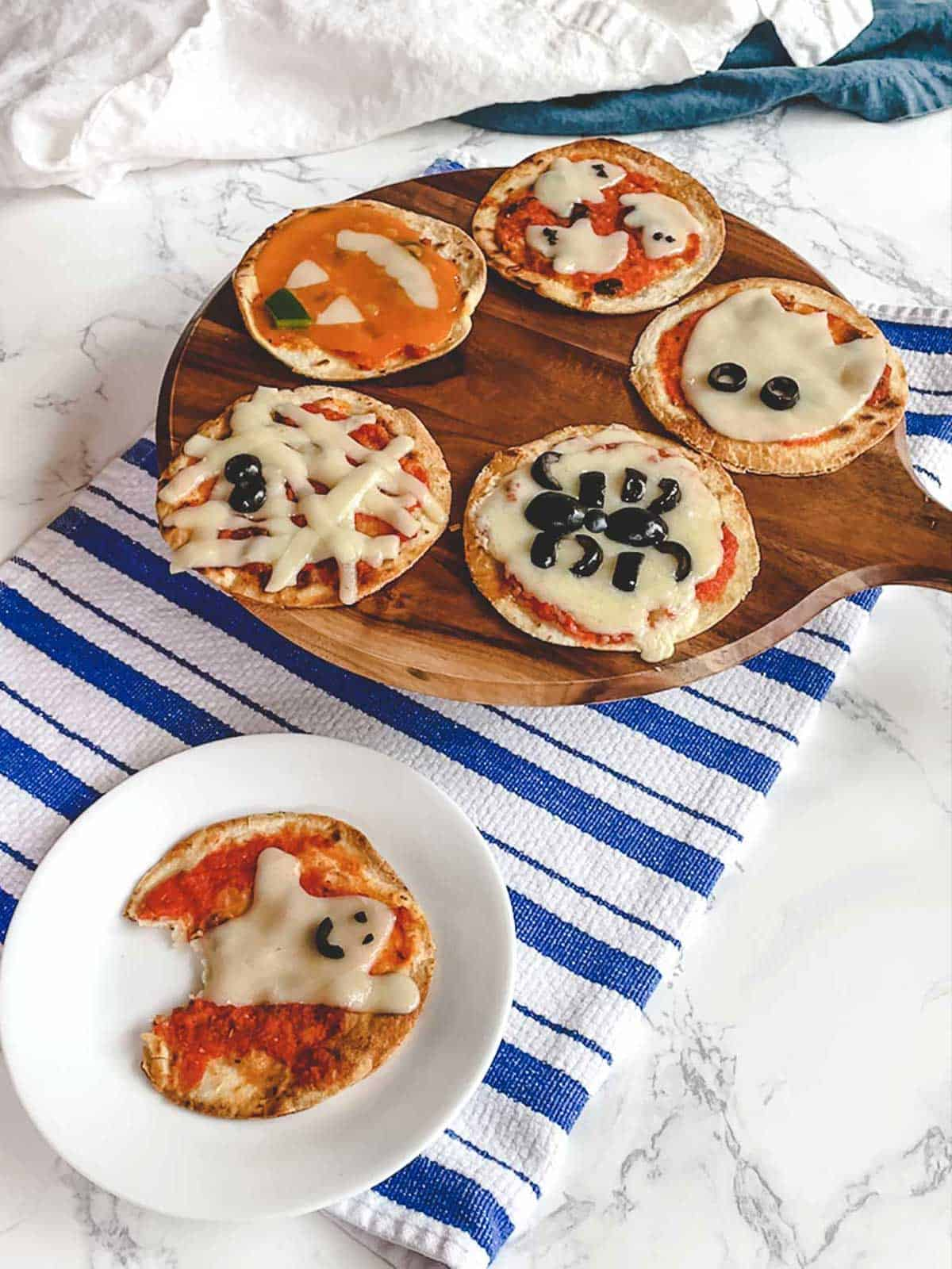 Easy Mini Halloween Pizzas